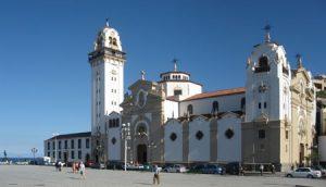 Candelaria, exterior de la Basílica