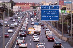 Retenciones de tráfico en la autopista del norte, Tenerife