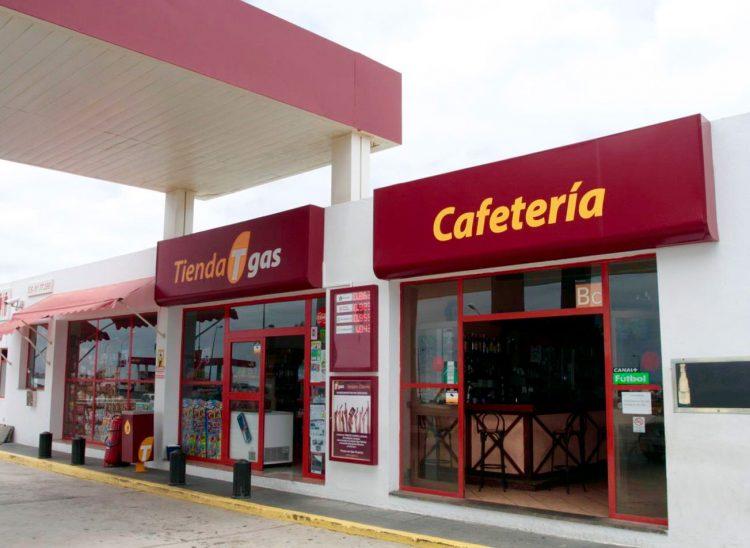 Tienda y cafetería de la Gasolinera Tgas Tahiche I