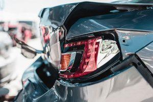 Daños por accidente de tráfico, carrocería rota