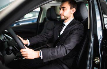 Cómo-adoptar-la-mejor-postura-para-conducir-tgas