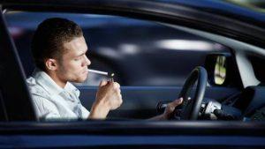 Lo que nunca debes hacer en una gasolinera fumar foto ABC